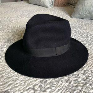 Forever 21 Wool Hat NWOT M/L